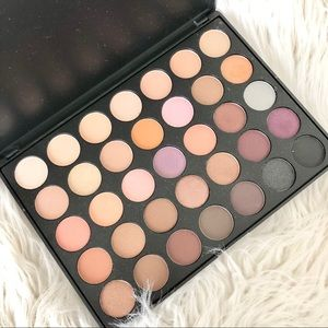 Morphs 35W Eyeshadow Palette
